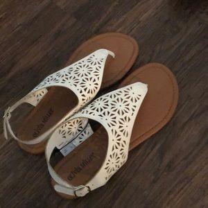 Olivia Miller White Sandals NWT